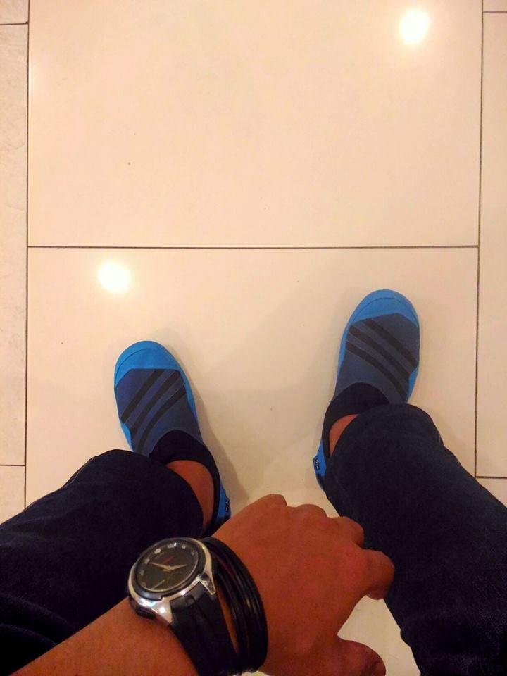 Adidas Jaw Paw V1