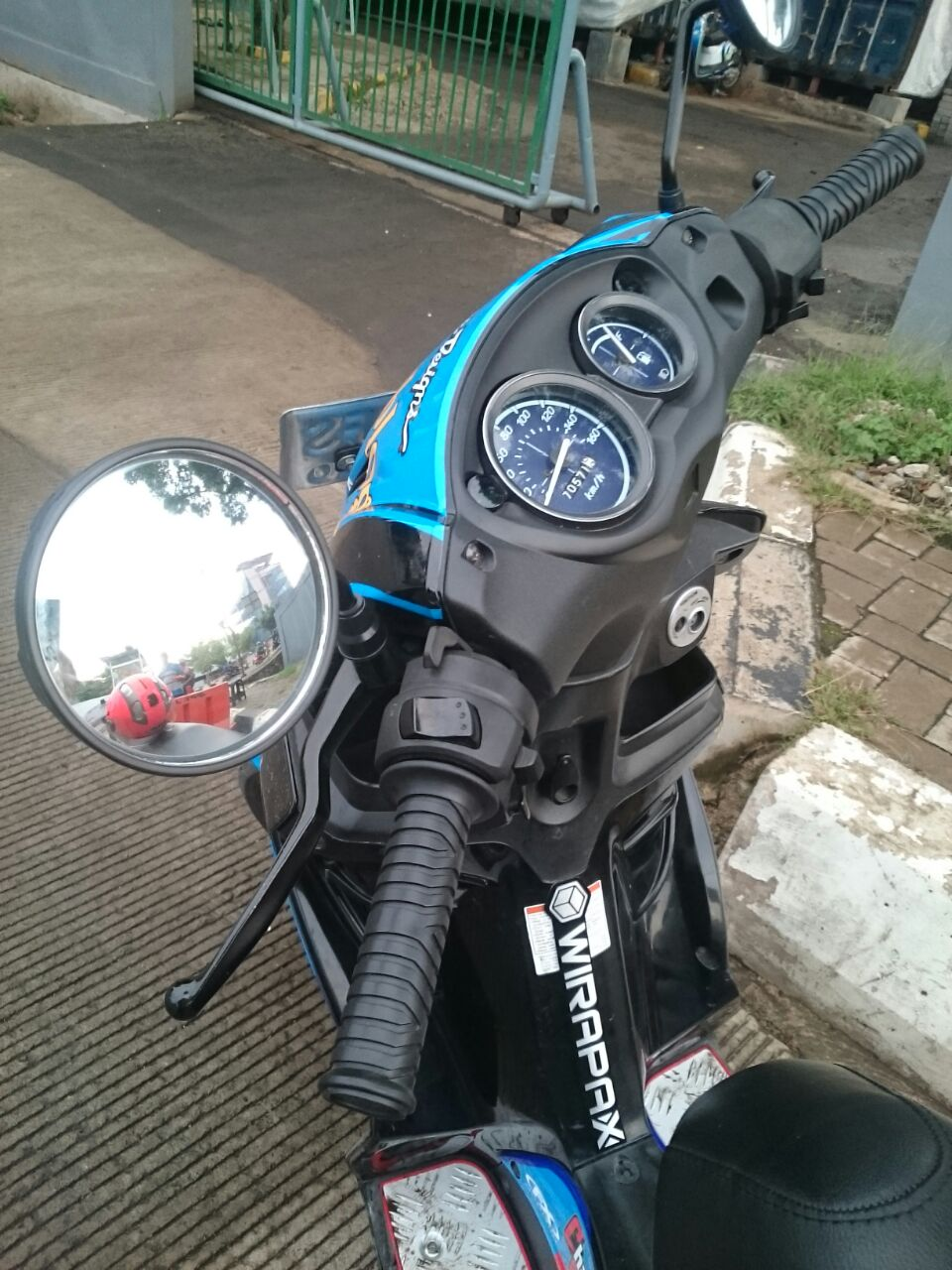 spion motor suzuki skywave